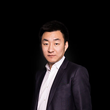 Albert Wang headshot