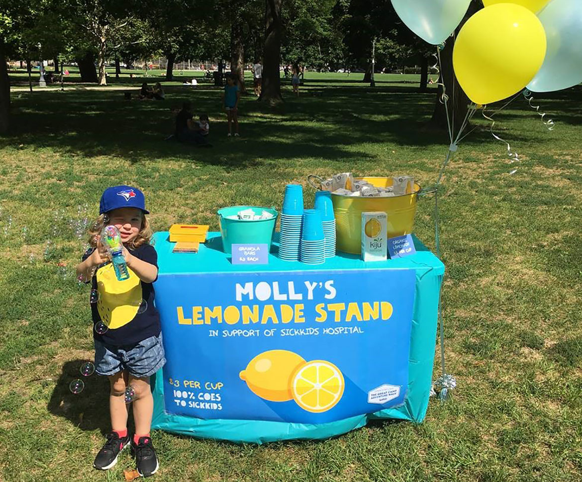Young SickKids fundraiser Molly at lemonade stand